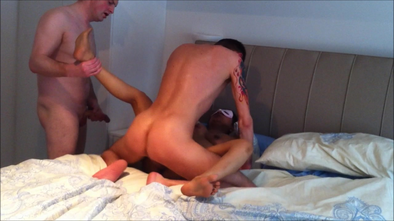 Indian cuckold Jasmine getting fucked by two guys