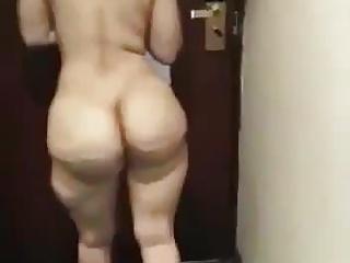 Indian Big Ass video: 22 big ass Punjabi milf nude in hotel