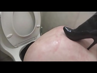 Femdom High Heels Slave video: Mistress Celine humiliation slave