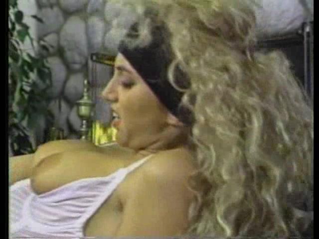 classic ...... lesbian anal lovers