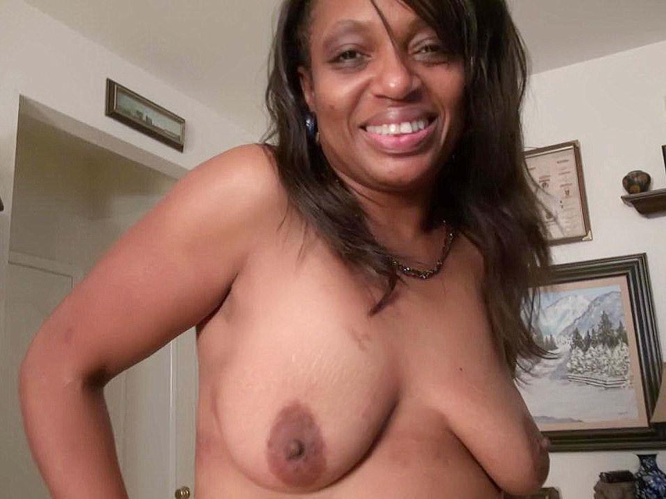 Black and Ebony,Matures,Milf,Nylon,Cougars,Older Woman Fun,HD Videos,Comfortable,Ebony MILF