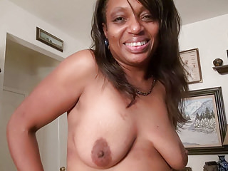 Matures Milfs Cougars video: Ebony milf Lexus lets you enjoy her comfortable body