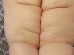 Pear Bbw shaking sloppy ass