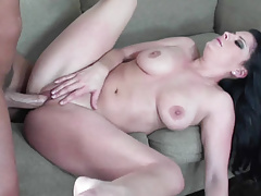 Slutty wife Erin Marxxx fucks and takes the cum on her face