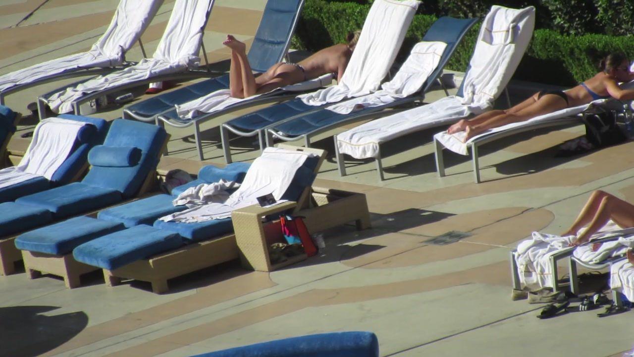 Las Vegas Pool Voyeur - Las Vegas MILF Thong