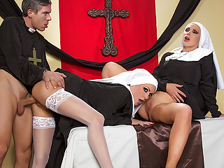 Big Boobs Face Sitting Big Cock video: Jessica Jaymes - Mick fucks Jessica and Nikki in the church