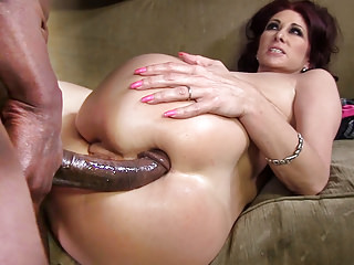 Milfs Interracial Big Cock vid: Tiffany Mynx Anal With BBC