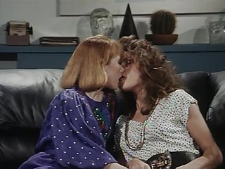 Classic Lesbian Scenes 25