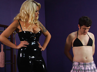 Strapon Spanking Cfnm video: Inadequate Sissy