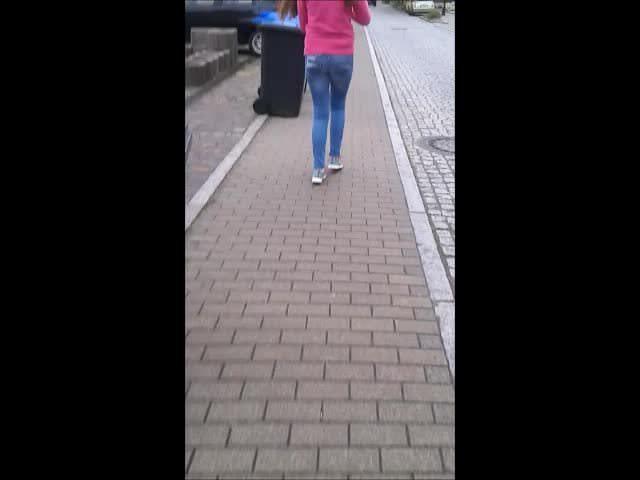 Street cum 15