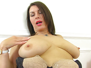Milfs British Pantyhose video: British milf Raven is pleasuring her nyloned pussy