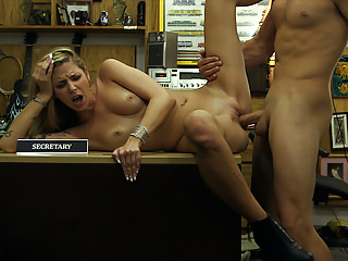Blondes Hardcore Big Cock video: Gorgeous Blonde Chick Fucked at the Pawn shop - XXX Pawn