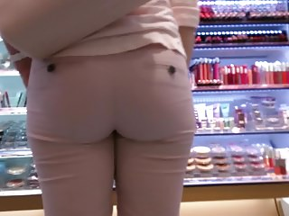 Sexy tight jeans ass - 11