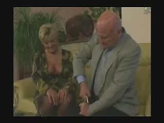 Busty milf in stockings gives a great blowjob