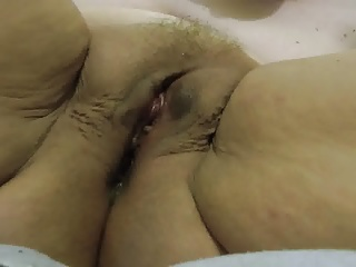 Squirting Bbw video: bbw pussy close dripping squirt great fupa