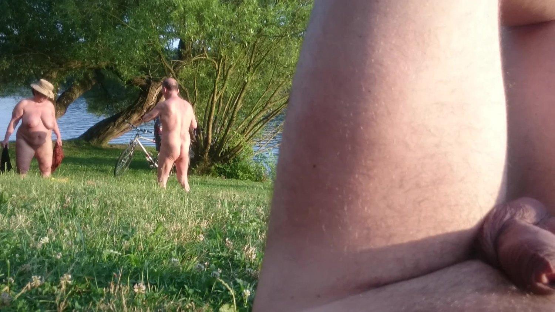 Huge nudist mature tits folding blanket, swinging goodbye