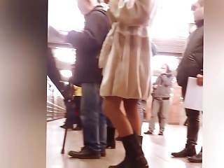 Big Butts Upskirts Voyeur video: No sound sorry.