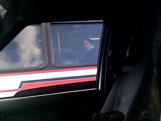flash a la mujer de bus para su viaje