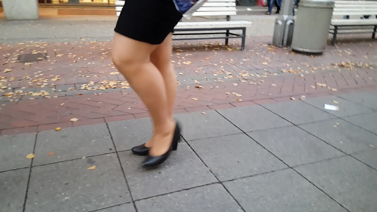 BBW BITCH walking heels pantyhose