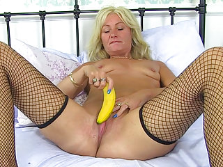 Milfs British Maid video: British milf Ellen feeds her hungry cunt a banana