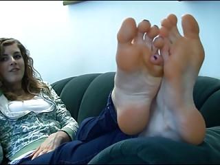 Blondes College Foot Fetish video: mmm aren't they delightful