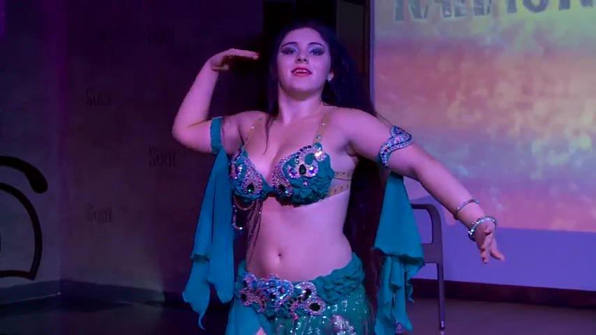 Hot Busty Teen Belly Dancer Alla Smyshlyaeva
