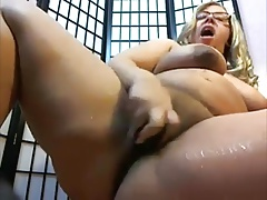 Dirty Talking BBW with a Squirty Cunt