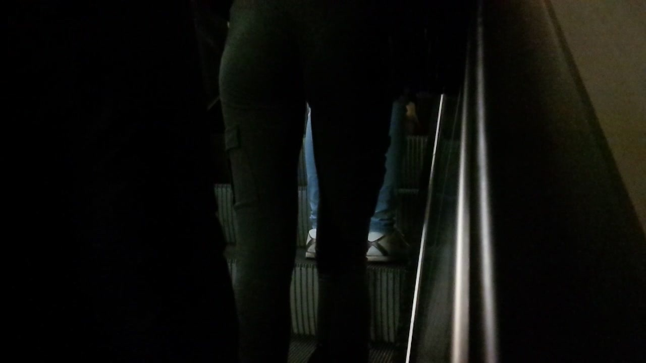 Tight Asian ass part 1