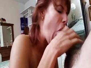 MAMADA A MANDANGON AMIGA DE MI MADRE