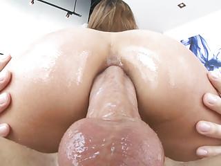 Gaping Latin Butt video: Moka Mora butt fuck