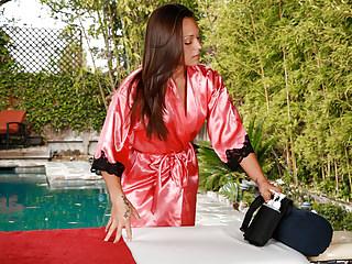 Brunettes Lingerie Massage video: Olivia Wilder does erotic massage!