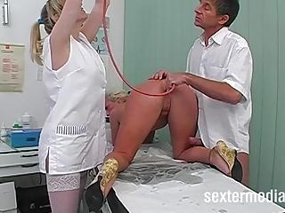 German Hardcore Threesomes video: Vom Doktor Anal gefickt - Das gehoert verboten!
