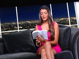 Upskirts Celebrities Virginia video: vbn virginia trop bonne 2