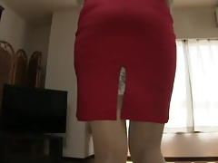 Beautiful skirt with opening, teaches the slips