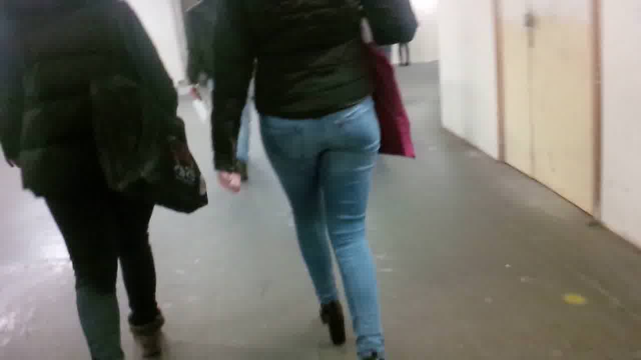 Subway girl in jeans