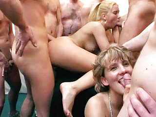 Group Sex Amateur Grannies video: Granny Eats Cum After Gangbang