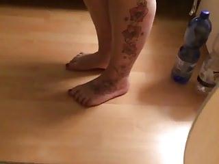 Porno video: Friend Foot Tease 3