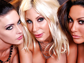 Big Boobs Small Tits Wet video: Jessica, Puma and Tiffany have wet pussy's
