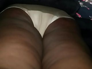 Grannies Hidden Cams Upskirts video: Black granny upskirt