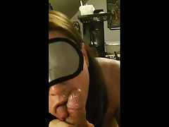 Big Tittied GF Sweetpinkmia Blindfolded Facial