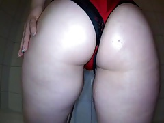 PAWG Oil tease play with tits and ass