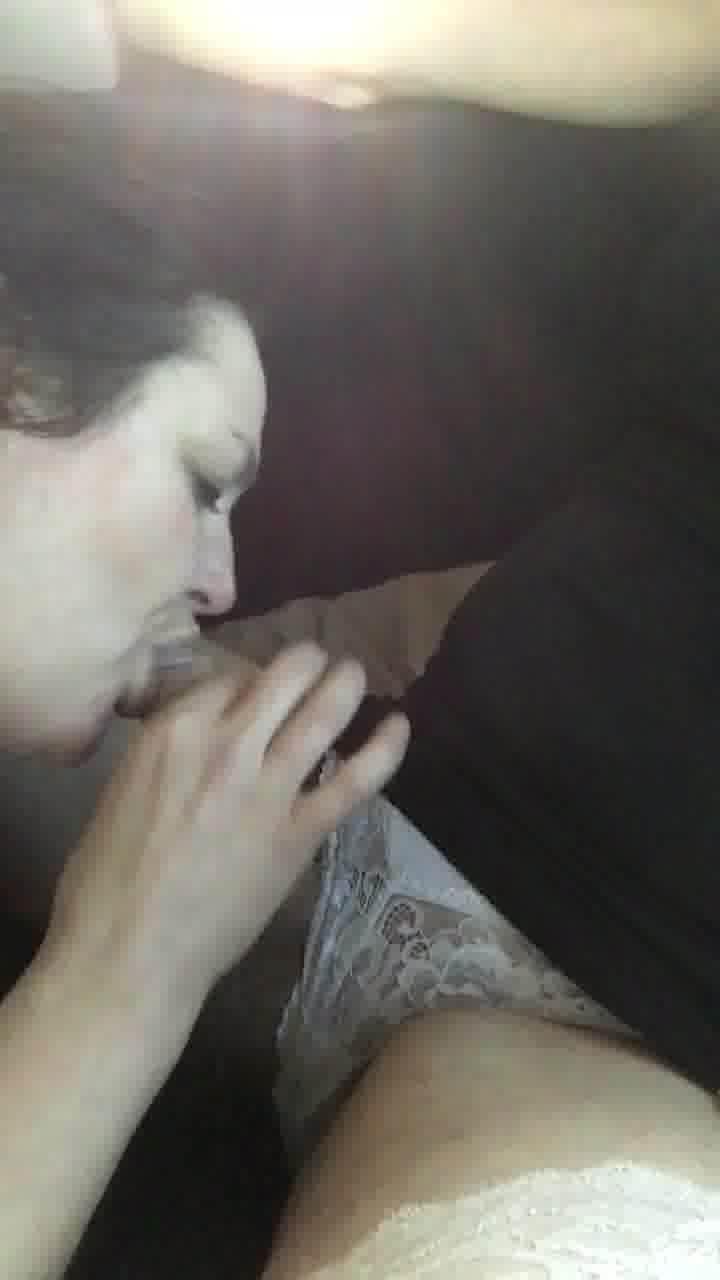 image Bradford wife fucks and plays on webcam