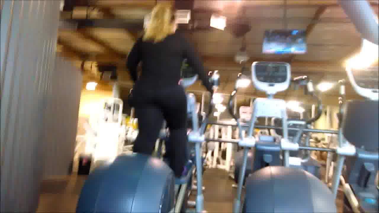 Gym Phat Booty Latina (Part 1)