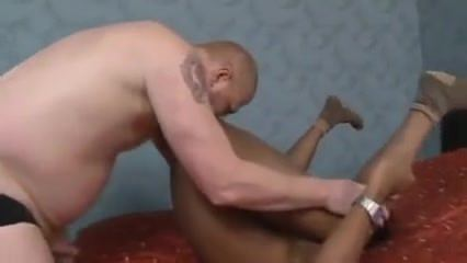 jeune homme: ginger daddy v. arab boy
