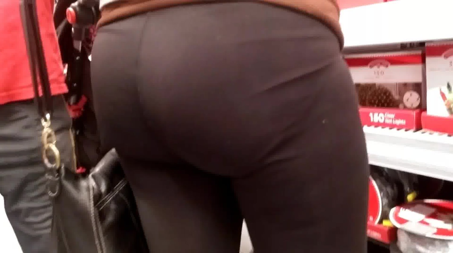 Candid mexican milf with a plump booty