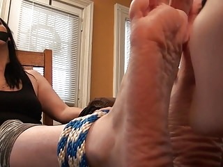 Foot Freak Lenore Ties Up And Worships Jazmine