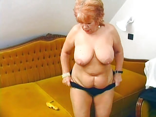 German Masturbation Bbw video: Granny fucks her old pussy with banana