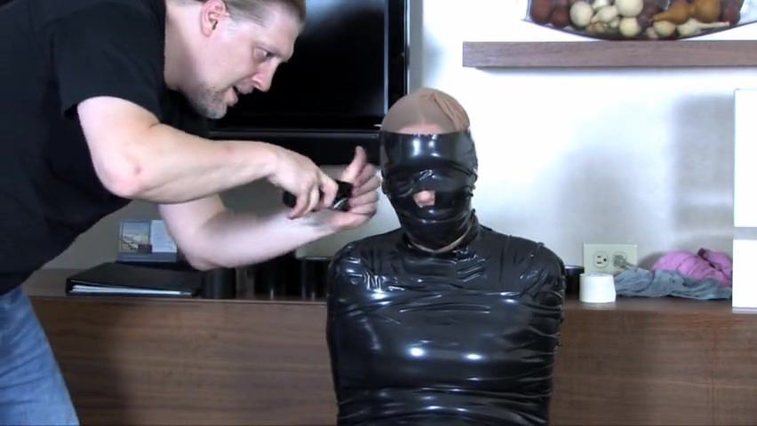 Mummification diaper and squirt 9