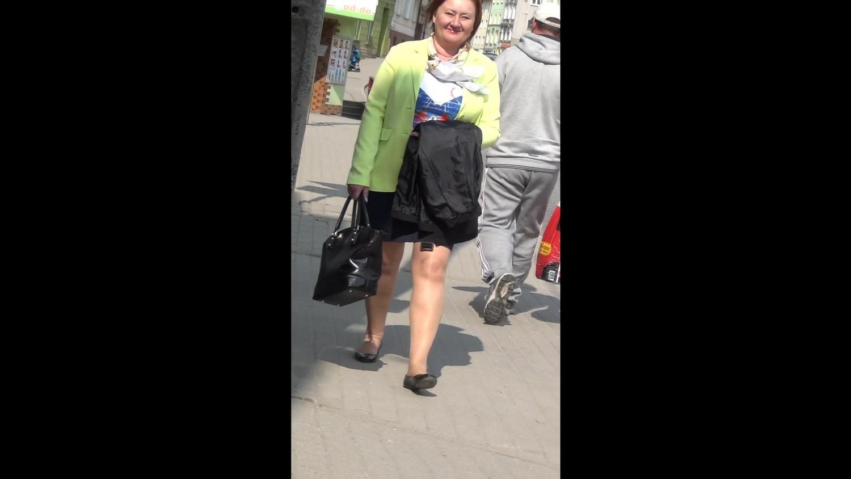 voyeur mature street legs