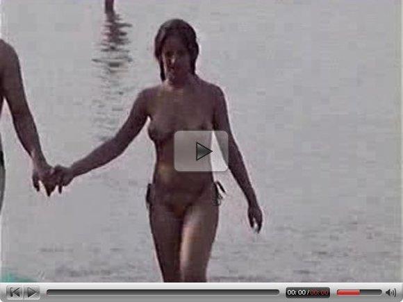 Beach Girl Topless - Video